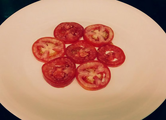 Have you tried tomato Capri Salad - Global Fashion Street