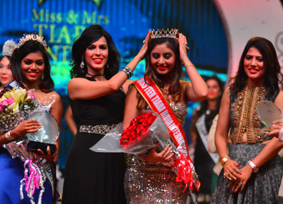 Srishti Kaur wins the Miss Teen Tiara India 2017 - Global Fashion Street