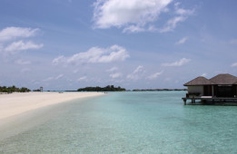 This South Asian Island nation has no counterpart in the entire world- Discover Maldives