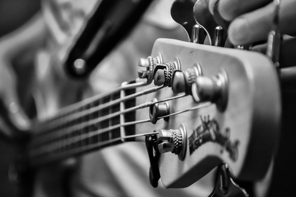 Here's what you needed to know all about Blues Music in India - Global Fashion Street