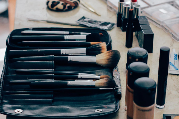 5 Genius Concealer Hacks Every Woman Needs to Know - global fashion Street