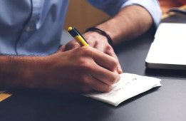 How to improve Handwriting and Signature for successful entrepreneurs